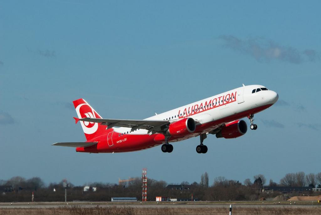 Flugzeug der Airline Laudamotion