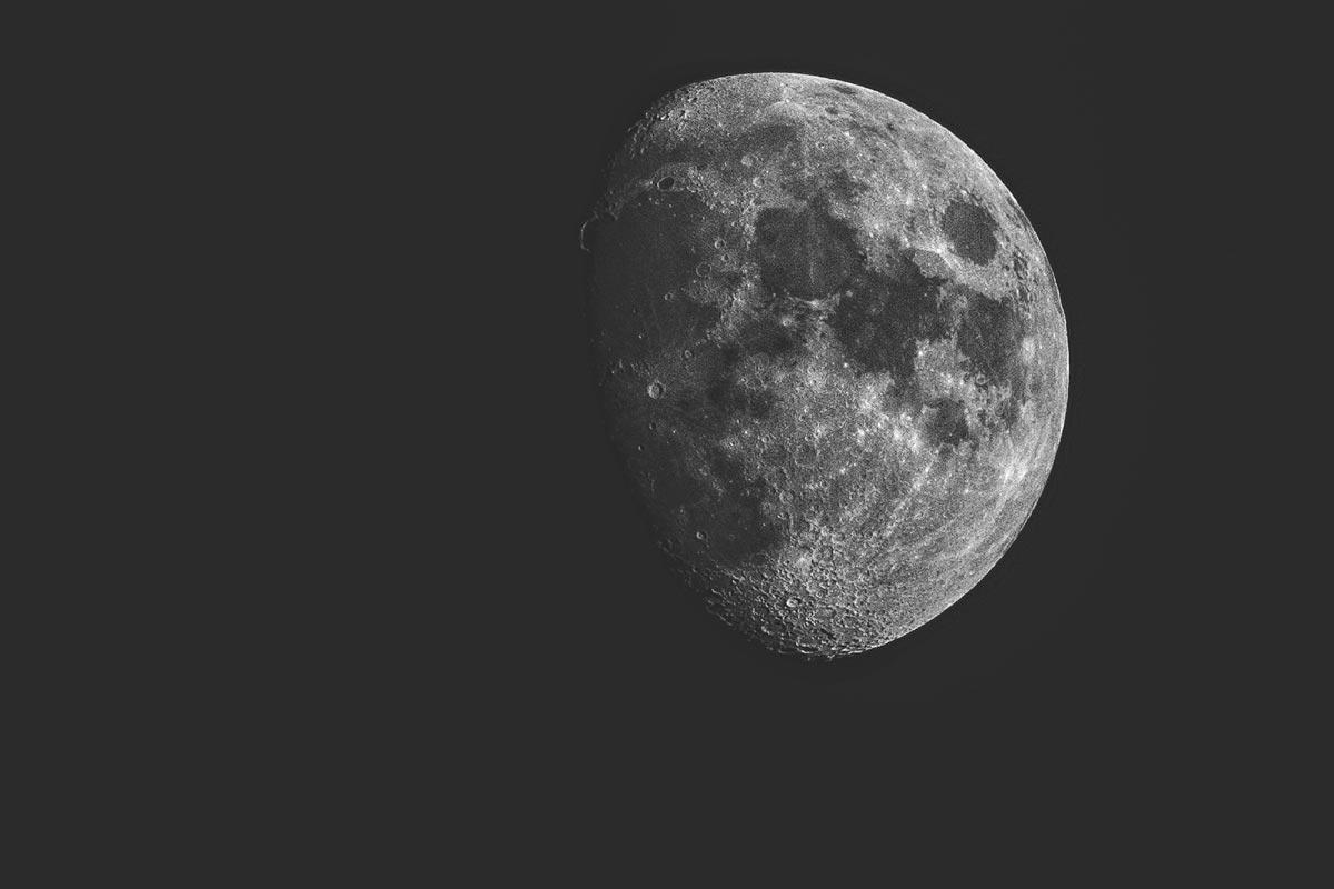 Der Mond von Mallora aus gesehehen