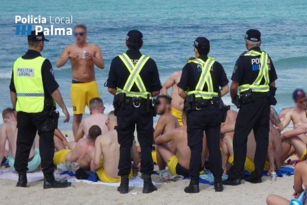 Policia Local am Strand