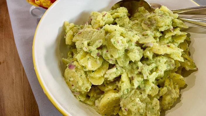 Eiersalat und Kartoffelsalat